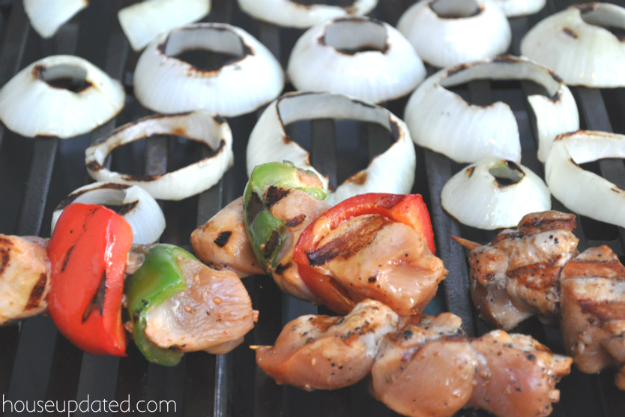 chicken skewers grilled onions