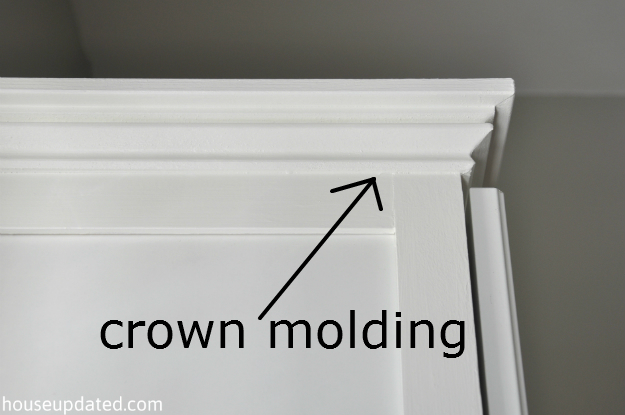 built-in Ikea Besta crown molding 2