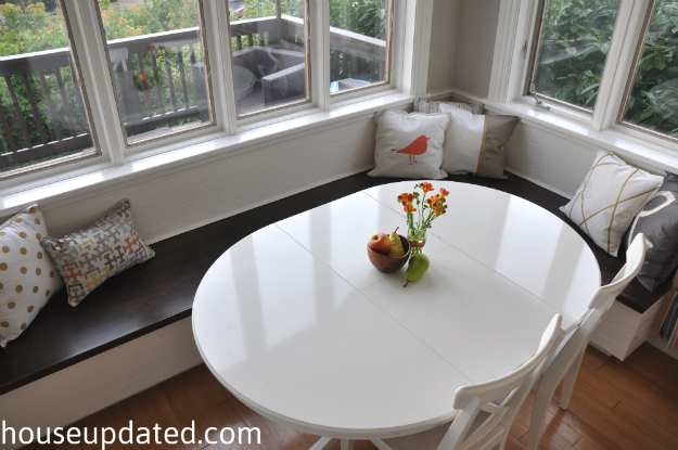 stained wood and white banquette 1