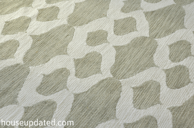 cotton trellis rug close-up