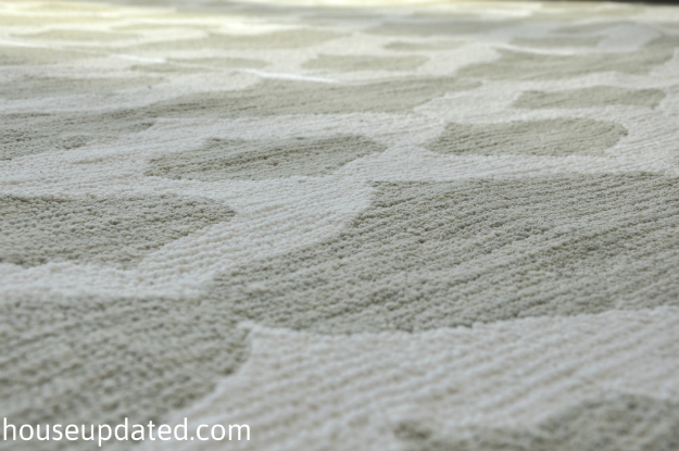 master bedroom trellis rug close-up