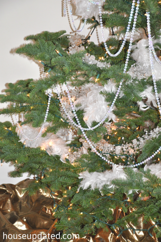 beads and boas - Christmas Beaded Garland Decorations