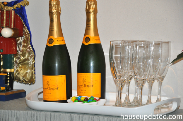 holiday champagne station