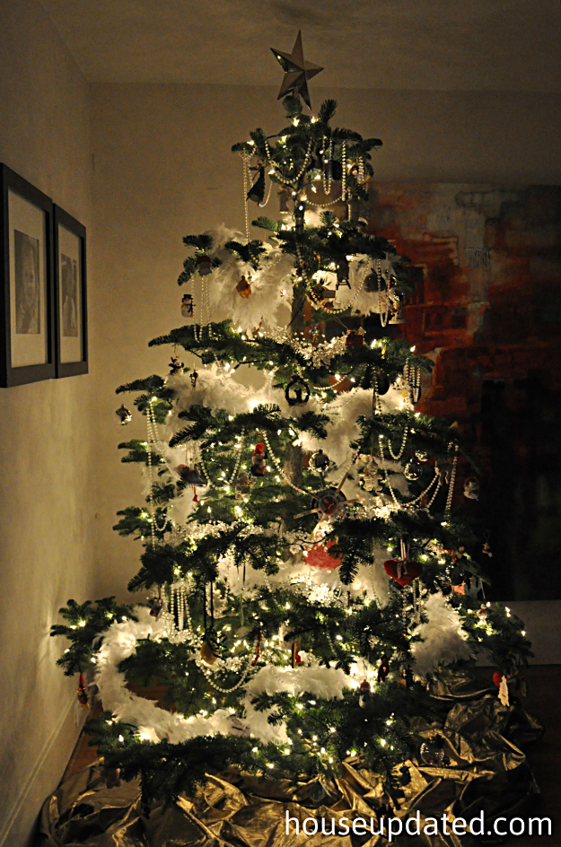 nighttime christmas tree