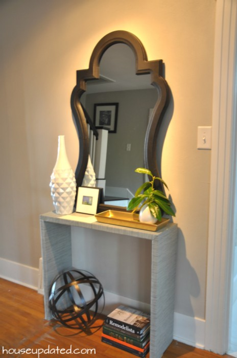 entry console table lighting