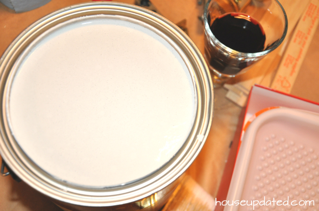 paint can wineglass