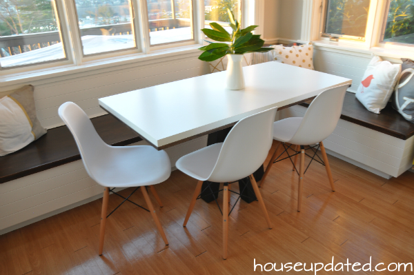 bright modern breakfast nook