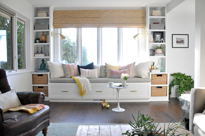 window seat built-ins in living room DIY