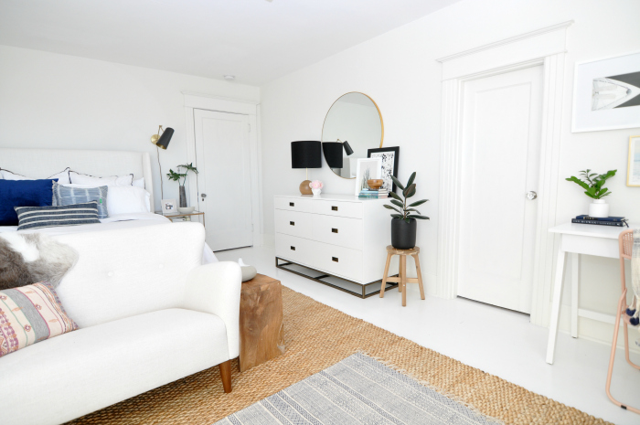 white-bedroom-wood-accents