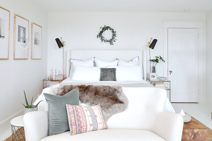 diy-eucalyptus-wreath-bedroom