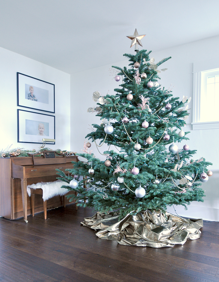gold-blush-christmas-tree